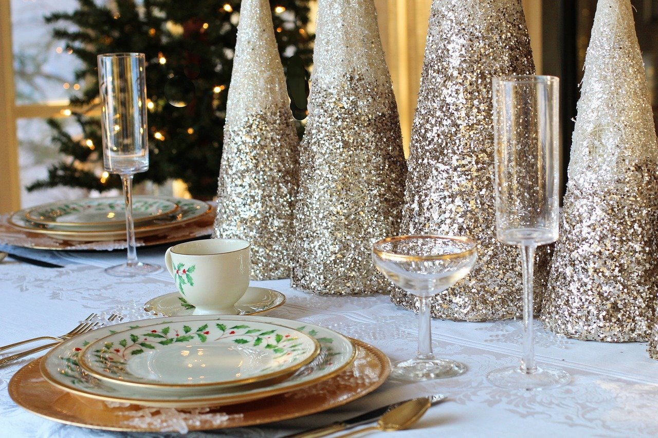 How to Determine Your Bathroom Rental Needs for a Holiday Event